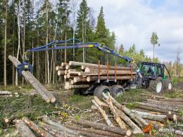 Vyvážečka dřeva Farma CT 8,5 - 16 4WD G2