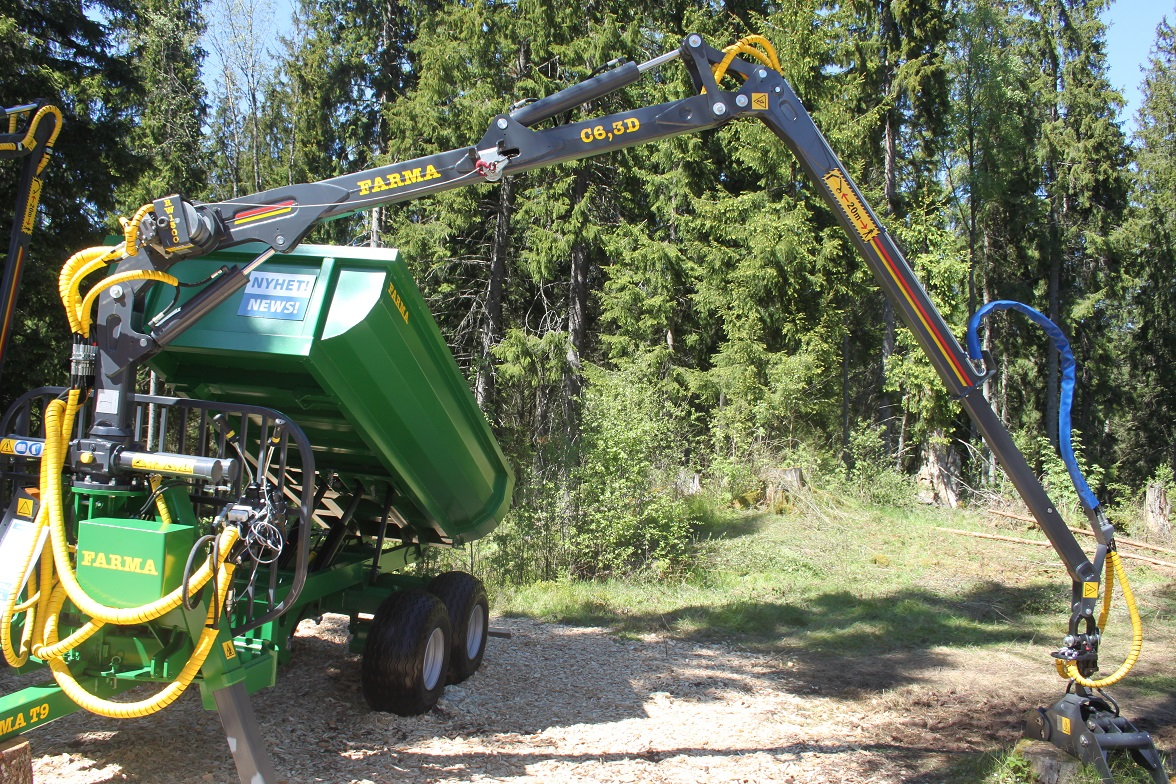 Traktorová vyvážečka FARMA s korbou