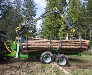Vyvážečka dřeva s pohonem kol