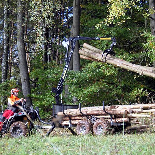 Vyvážečka-dřeva-Vahva-Jussi-320