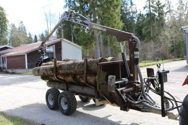 Vyvážecí vlek za malotraktor