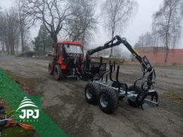 Kompaktní vyvážečka Vahva Jussi 2000+_400 a malotraktor