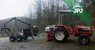 Lesní malotraktor Hinomoto a lesní vyvážecí vlek s hydraulickou rukou Vahva Jussi 2000+_320