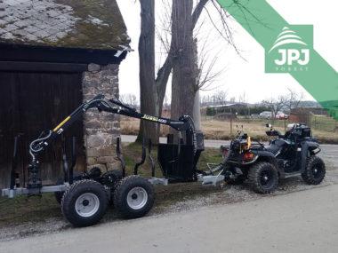 Pracovní čtyřkolka Journeyman a vyvážečka Vahva Jussi 2000+_400 se 4WD pohonem kol a hydraulickým navijákem
